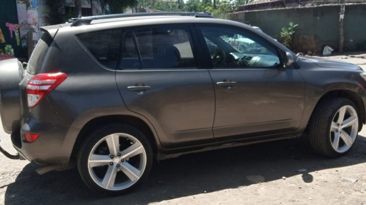 TOYOTA RAV4,2012 MODEL,MANUAL TRANSMISSION