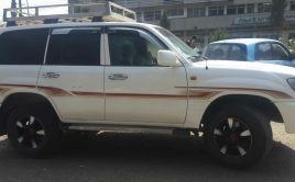 Toyota land Cruiser 1o5