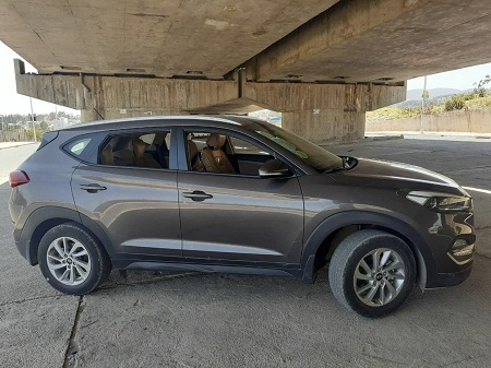 Hyundai Tucson for rent (with driver)