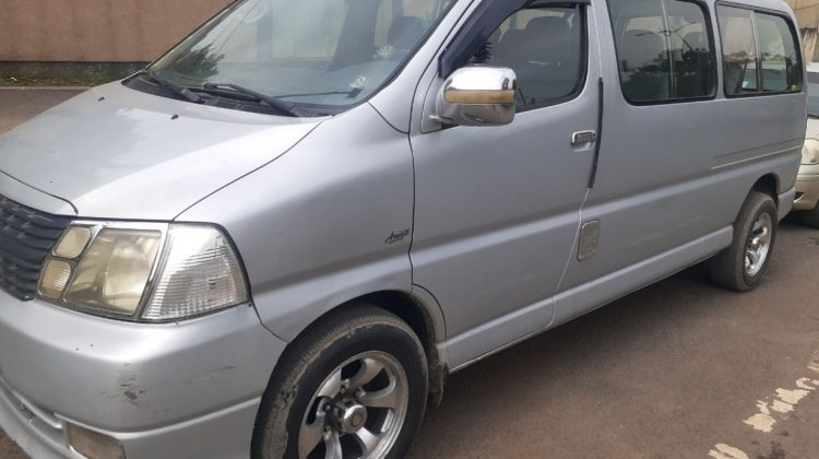 Toyota Dolphine D4D 2010