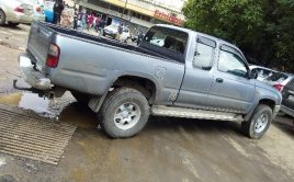 Toyota king cup Hilux 2LT 2001
