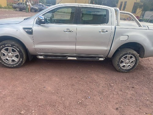 Ford ranger double cup 2013 manual