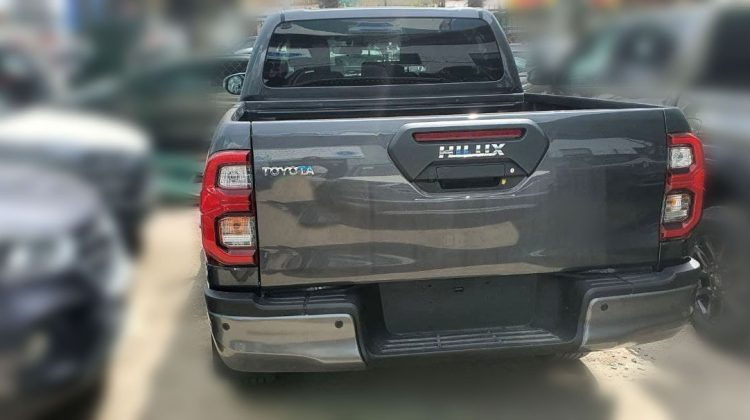 TOYOTA HILUX DOULE CABIN 2020 DUTY FREE