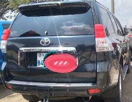 Toyota prado 2012 automatic