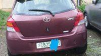 Toyota compact Yaris automatic 2010 ride