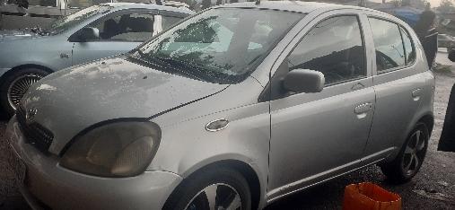 Toyota Yaris vitz 1999