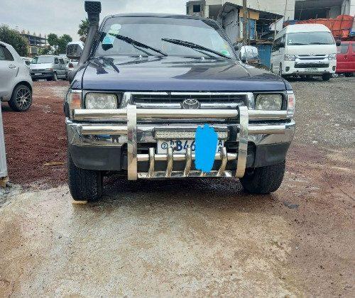 Toyota 2LT king cap Hilux 2000