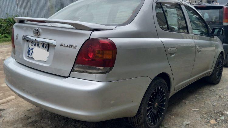Toyota Platz (2005)