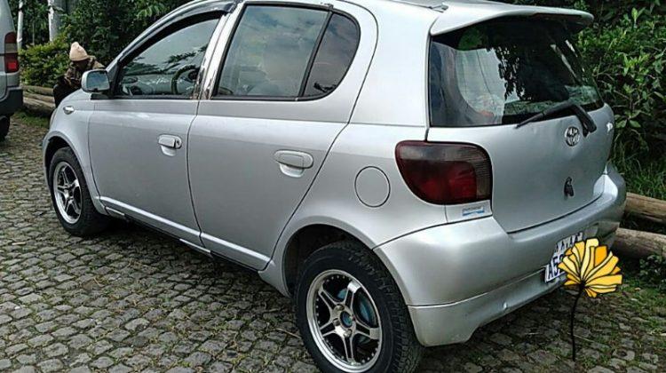 Toyota VITZ(2000)