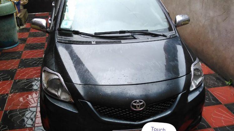 Toyota Yaris sedan 2010