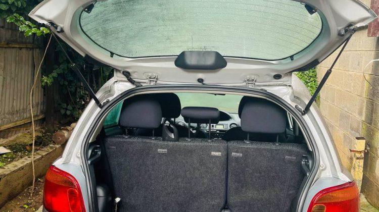 TOYOTA YARIS MANUAL,2004 MODEL,NEW CAR.