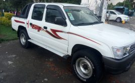 Toyota Hilux 3L Double Gabina 2002 (410000 Bank And 840000 Cash)